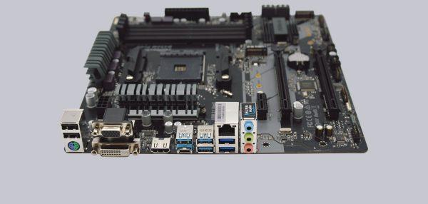 ASRock B450M Pro4 AMD AM4 Motherboard Review