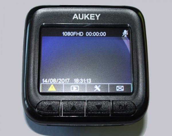 aukey_1080p_dashcam_13