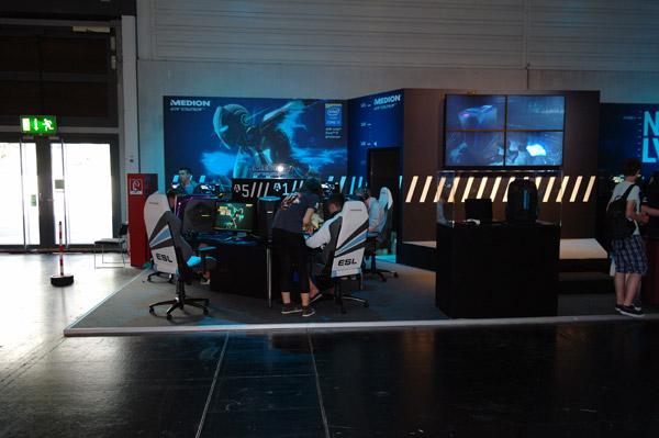 gamescom2015_166