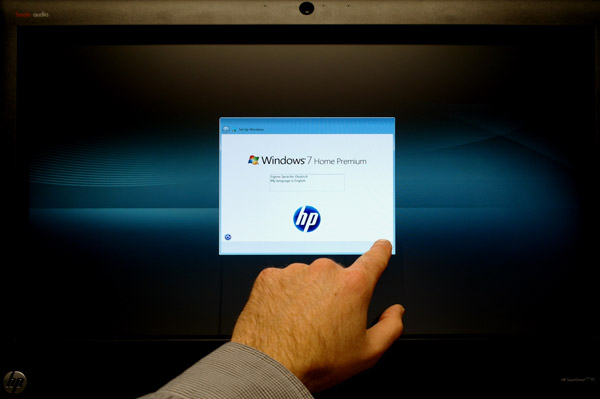 HP TouchSmart 520 All-In-One Touchscreen PC Review Operation