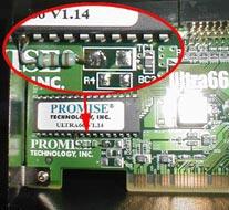 Hier haben wir bereits den Widerstand von Masse an Pin 23 gelötet.